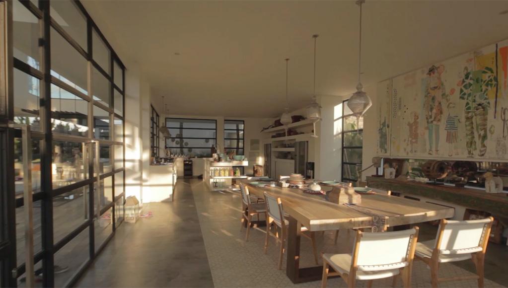 Villa Suami dining kitchen