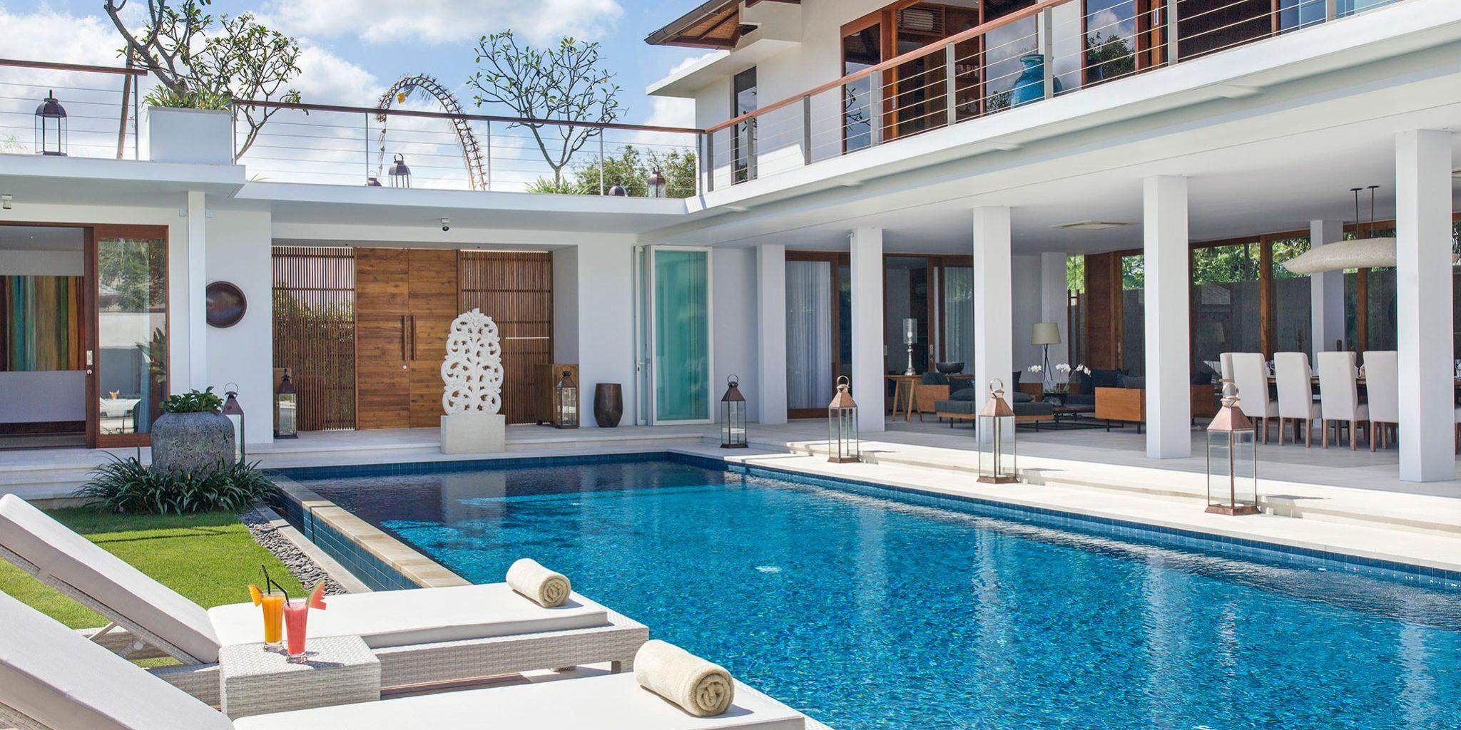 Villa Cendrawasih - villa pool