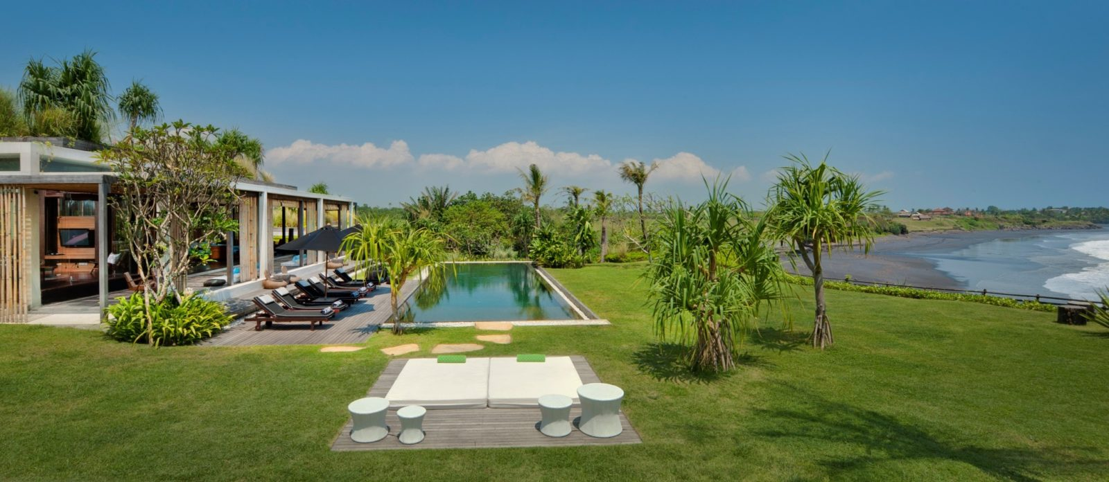 garden ocean view - Villa Tantangan