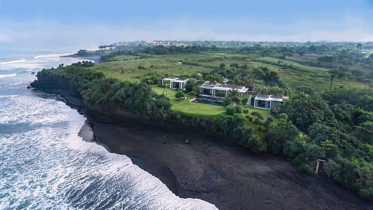 view from sea - Villa Tantangan