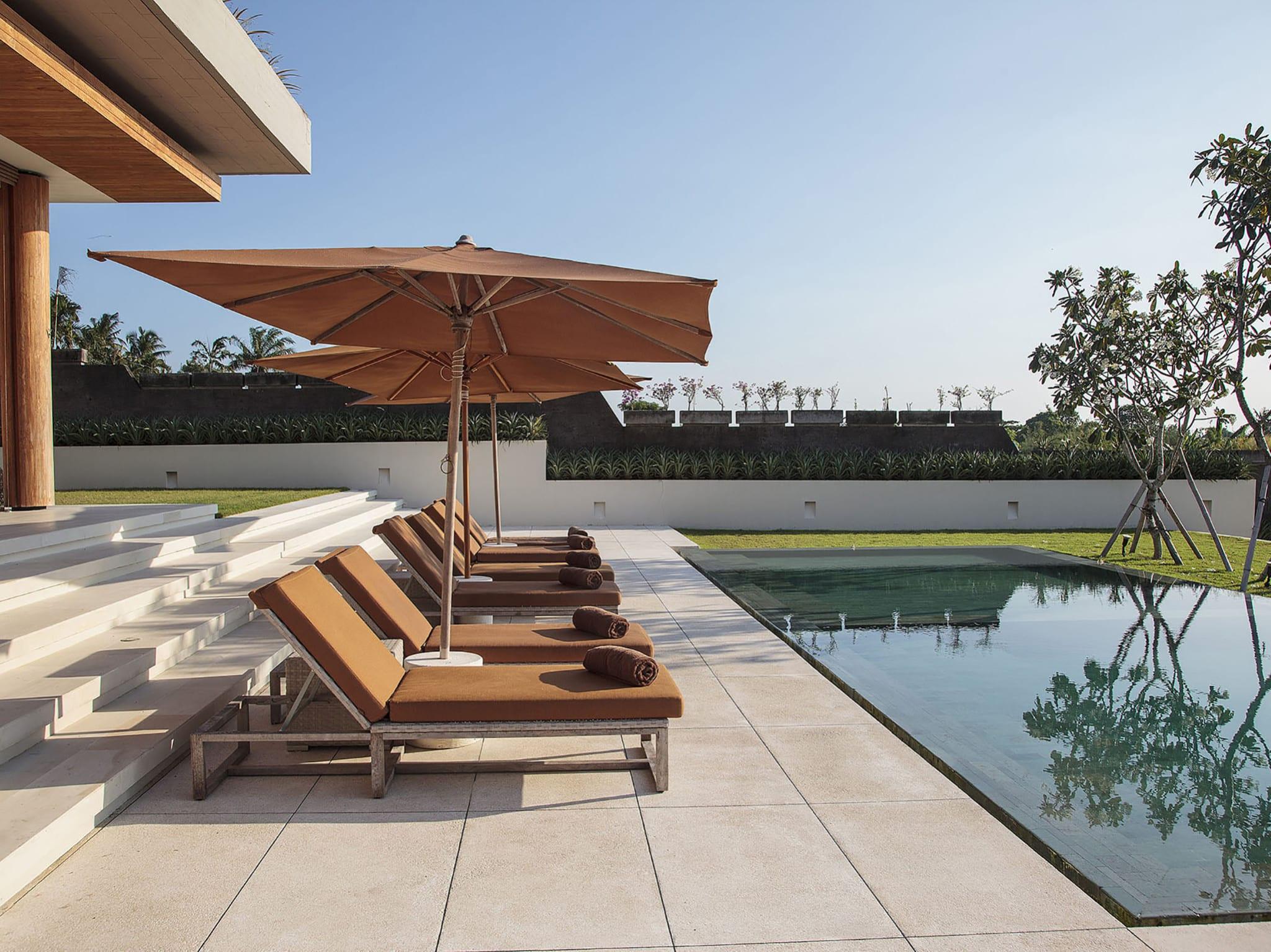 The Iman Villa - Canggu Bali - Sun loungers