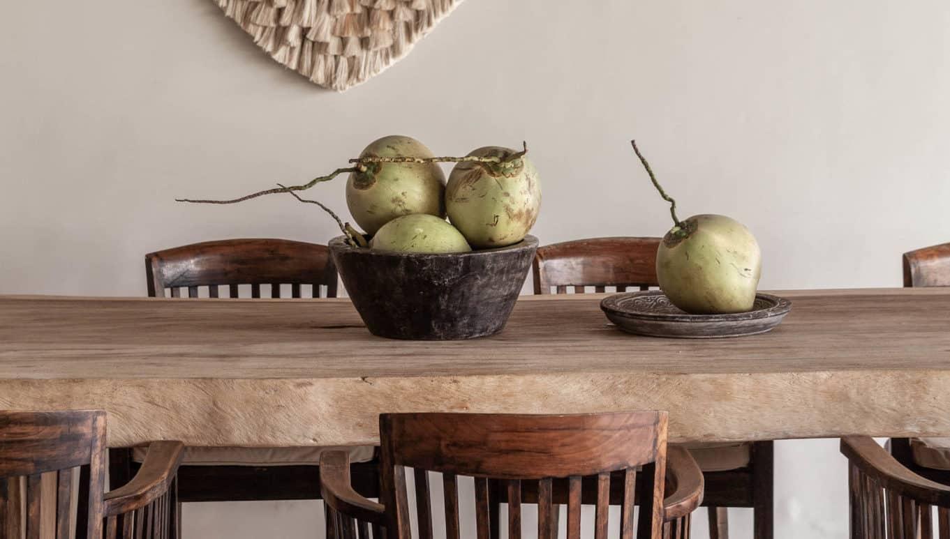 Villa-Massilia-1-bali-Dining table