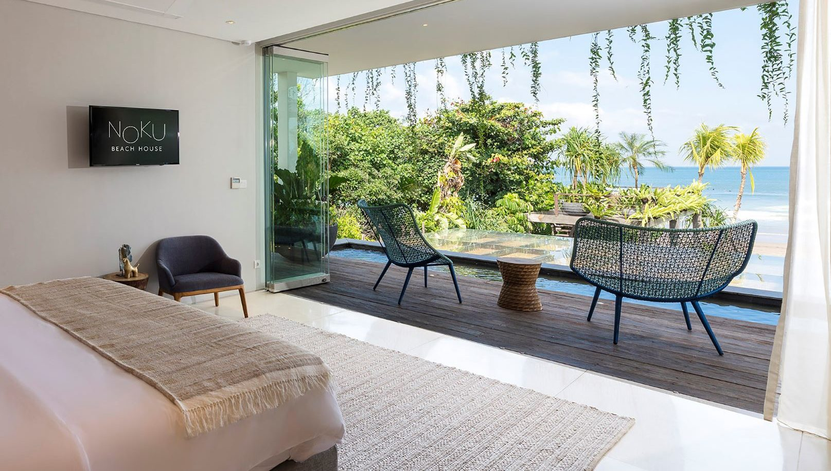 Noku-Beach-House-Marvelous-view-from-bedroom