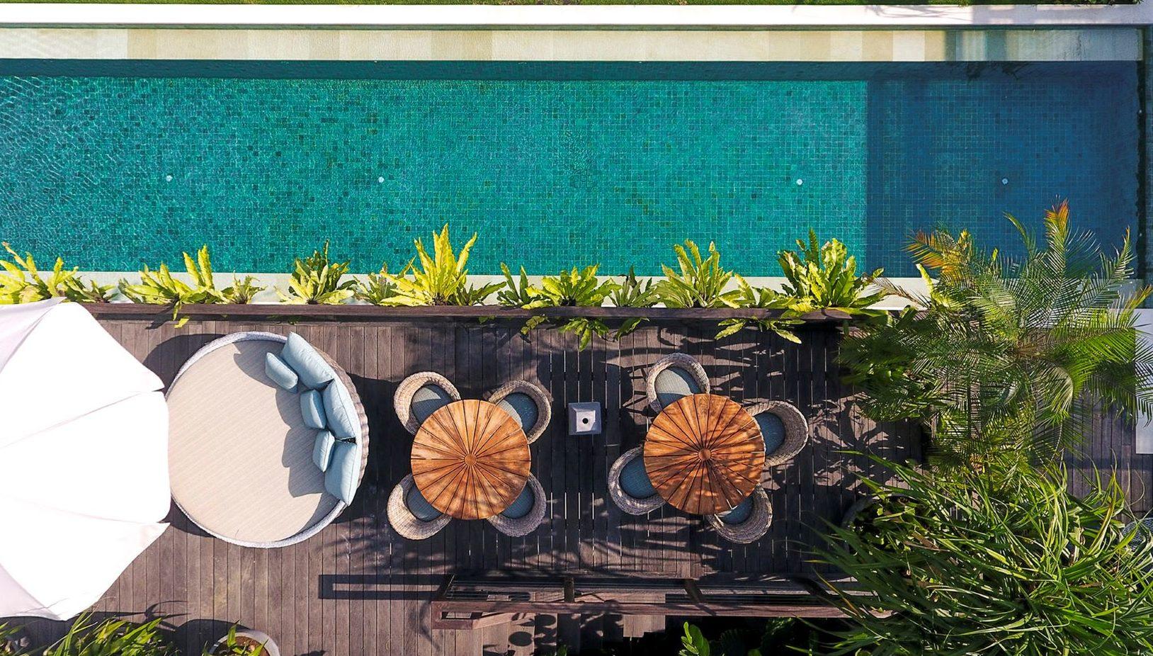 Noku Beach House - Pool overview